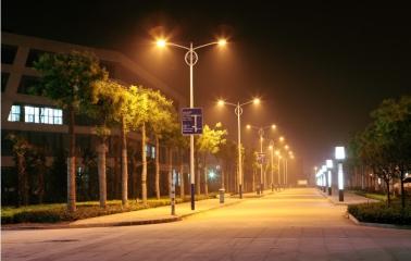 校园夜景之二